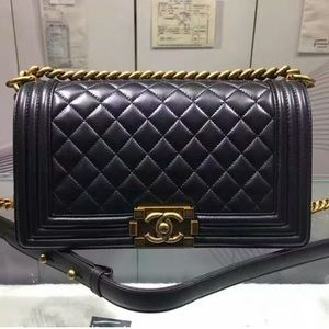 New CHANEL Boy Flap Quilted Medium Bag Bhuja hbhaa